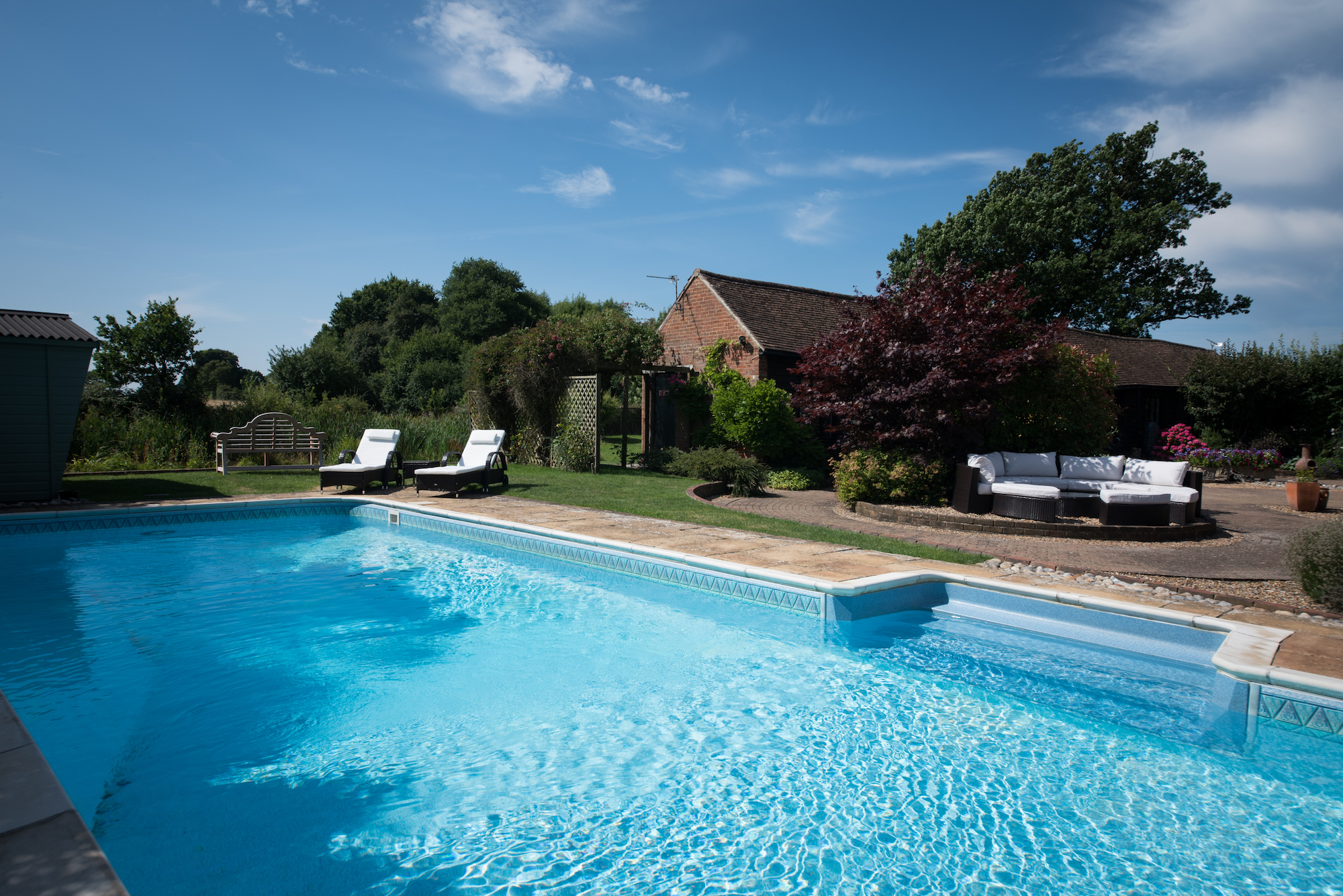 Mallard cottage luxury holiday rentals in kent uk for Luxury holiday rentals uk